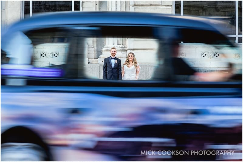 stunning bride and groom photos in liverpool