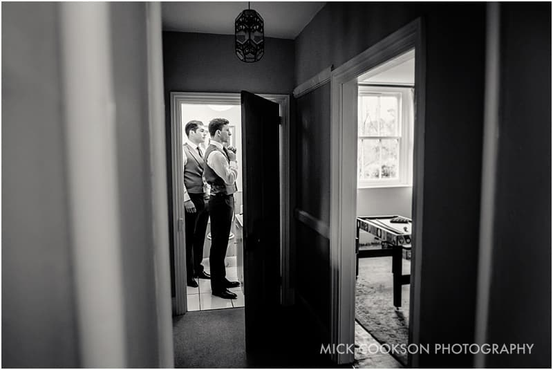 groomsmen getting ready