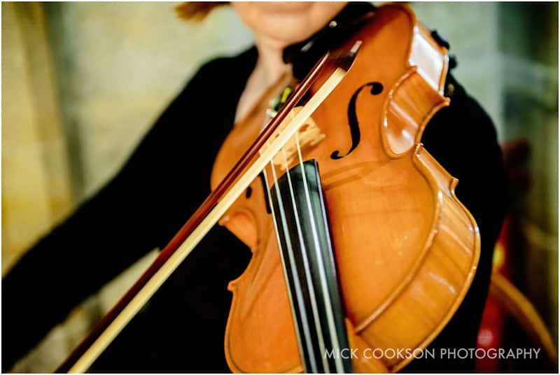 violinist at a wedding