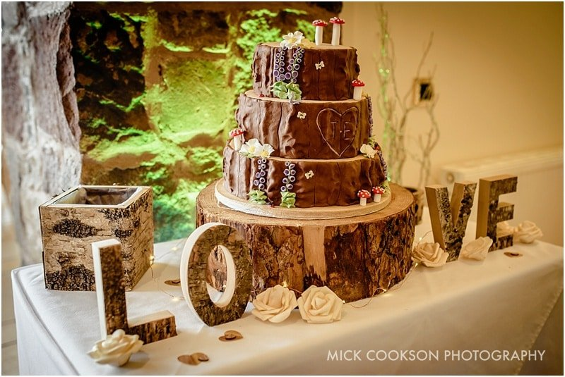 beeston manor wedding cake