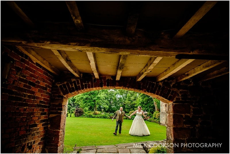 getting married at the ashes barns in staffordshire