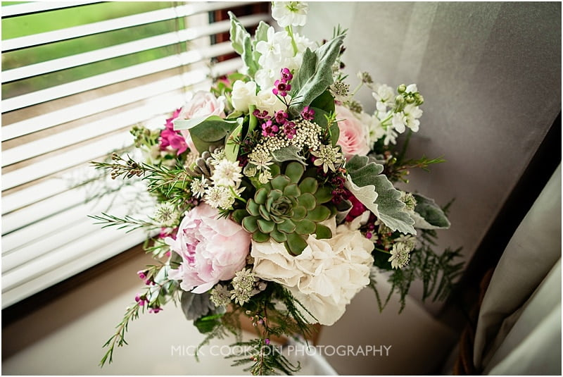 wedding flowers at the shireburn arms