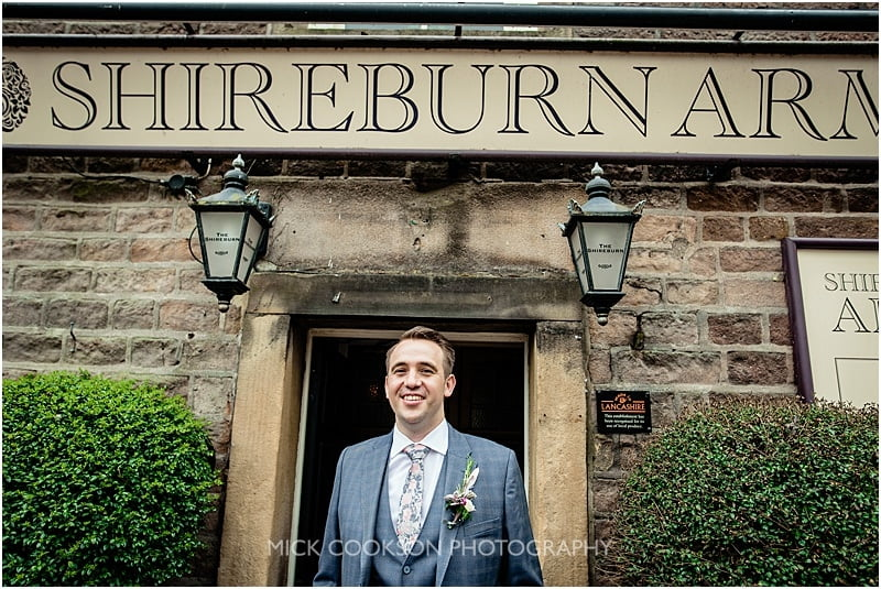 groom outside the shireburn arms