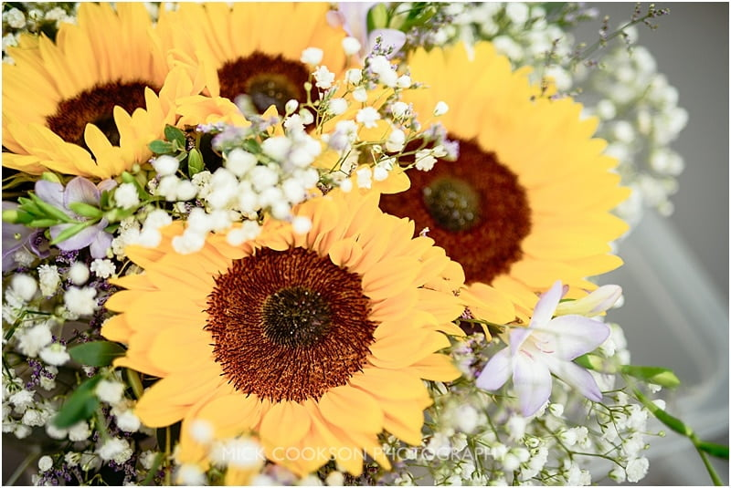 sunflowers wedding bouquet