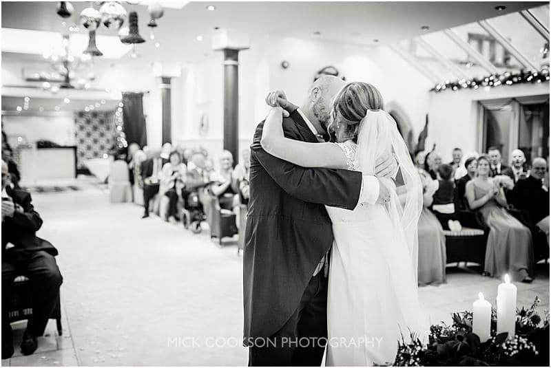first kiss at a gibbon bridge winter wedding
