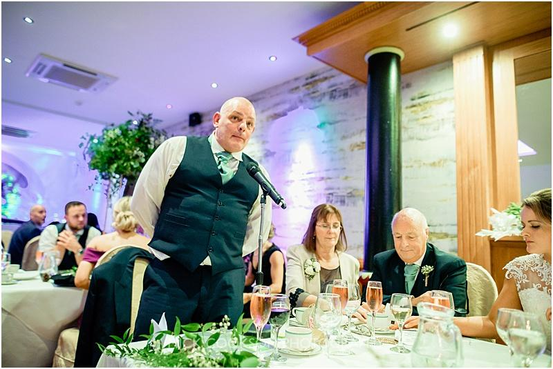 speeches at a winter wedding at gibbon bridge