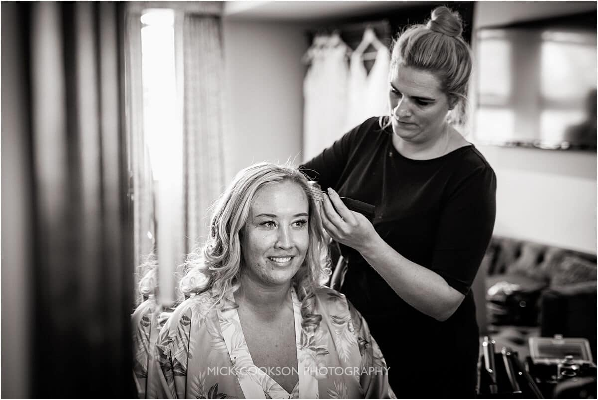 bride getting ready at the white hart at lydgate