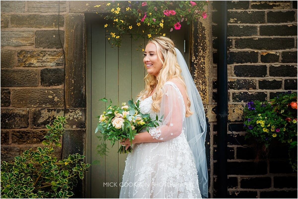 bride photo at the white hart lydgate