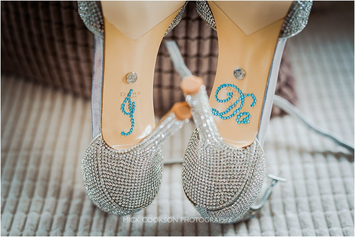 I do stickers on wedding shoes